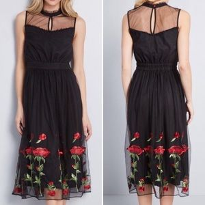 NWOT ModCloth Tulle Rose Embroidered Midi Dress